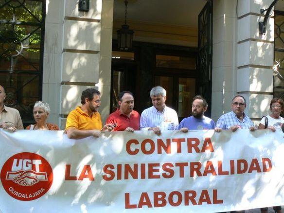 En la imagen, una de las muchas manifestaciones que se realizaron en la época de bonanza económica contra la siniestralidad laboral. // Foto: lacronica.net
