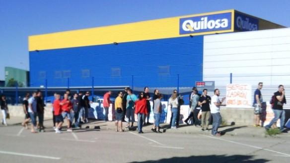 Las protestas de los trabajadores en la empresa Quilosa. // Foto: lacronica.net