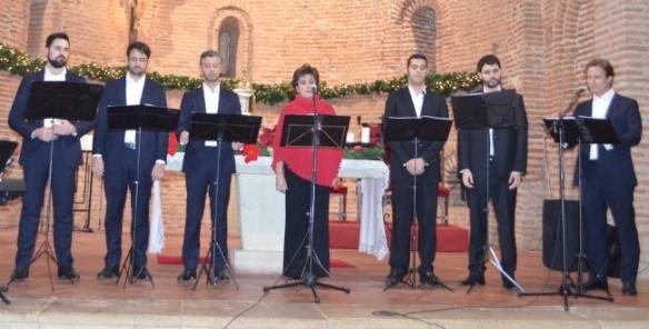 Actuación de 'Los 6 tenores' en El Cubillo de Uceda, el pasado fin de semana.