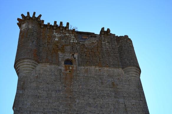 Daños en la Torre del Homenaje. // Foto:  Alicia Ledesma.